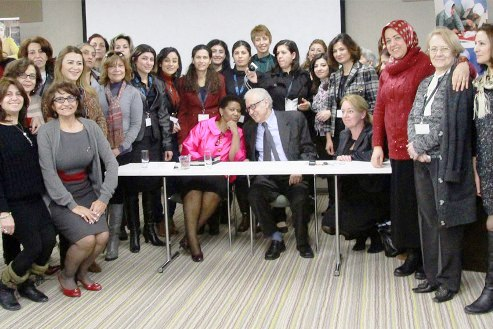 """""""We cannot remain silent,"""" say fifty Syrian women at United Nations"""
